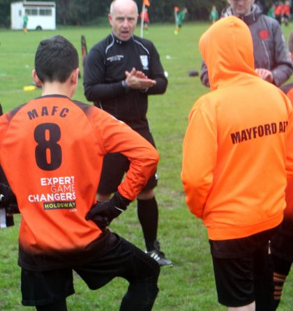 Holdsway-sponsors-Mayford-Athletic-Under-13s